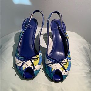 Life stride blue/green/white patterned heels